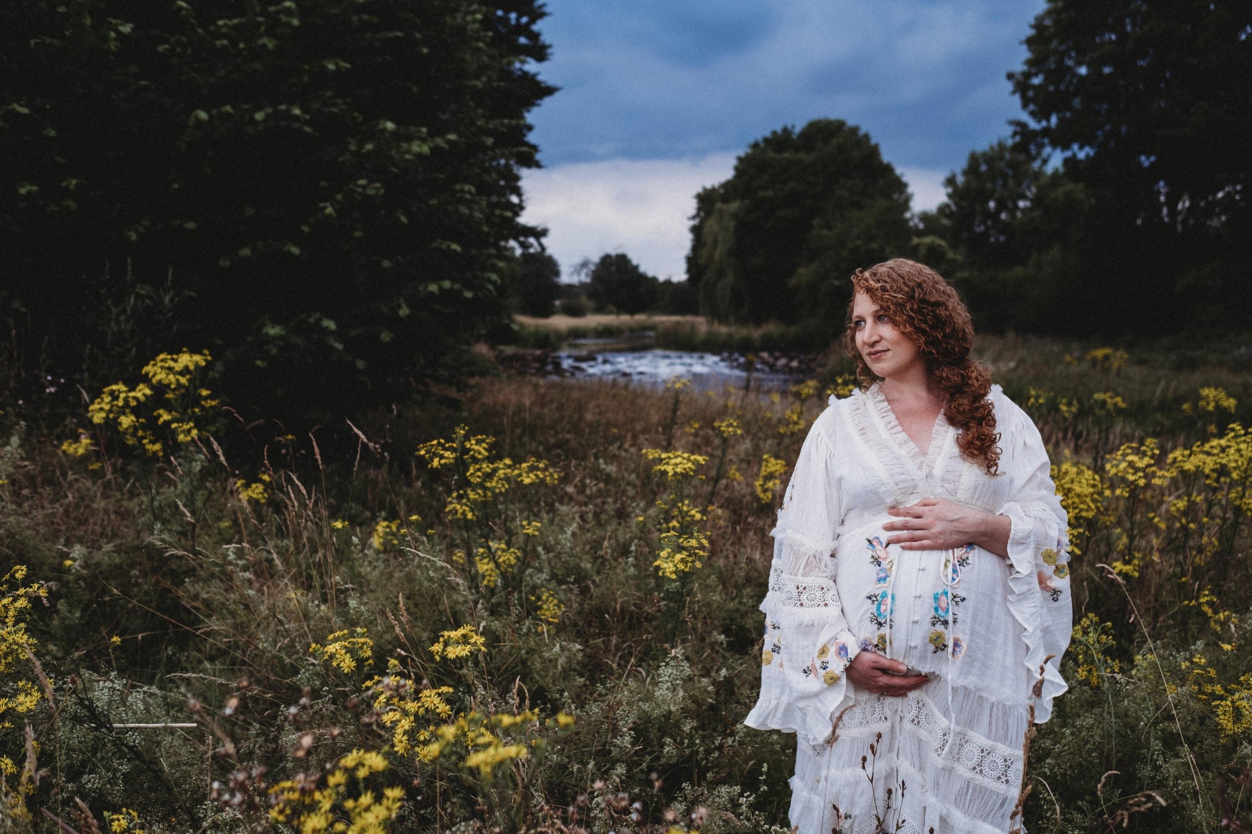 Babyauchfotos-Schwangerschaftsfotos-Eschweiler-redfairy